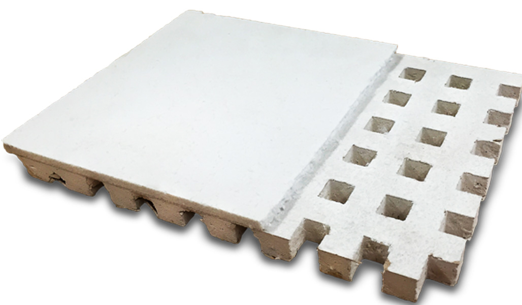 En akustikplatta mot vit bakgrund.